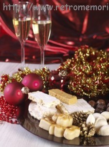 15822735-espanolas-navidad-dulces-turron-turron-turron-mazapan-mazapan-almendra-rellenos