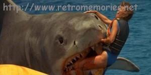 """""""¡Ahí está! ¡Ahí está! Se la llevo el tiburón, el tiburón."""""""