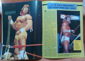 Reportaje en el interior del número 1 de Estrellas de la lucha americana en el que nombran a Ultimate Warrior como el mejor wrestler de 1990.