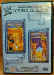 Portada del doble DVD que incluye Wrestlemania V y VI.