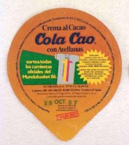 Tapa-crema-al-cacao-COLA-CAO-148579796_1