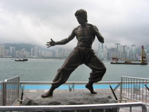 Estatua de Bruce Lee en Hong Kong.