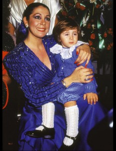 Chesney Hawkes inició su carrera musical de niño junto a su madre.